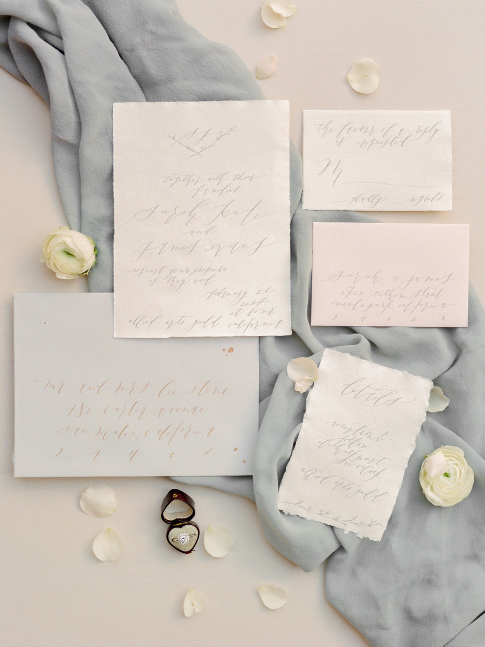 Secret Garden Wedding Inspiration with Golden Light Design & styling by Natalie Choi Events. Photography by Kate Anfinson. Florals by Bloomwell & Co. Paper goods by Kelsey Malie Calligraphy.