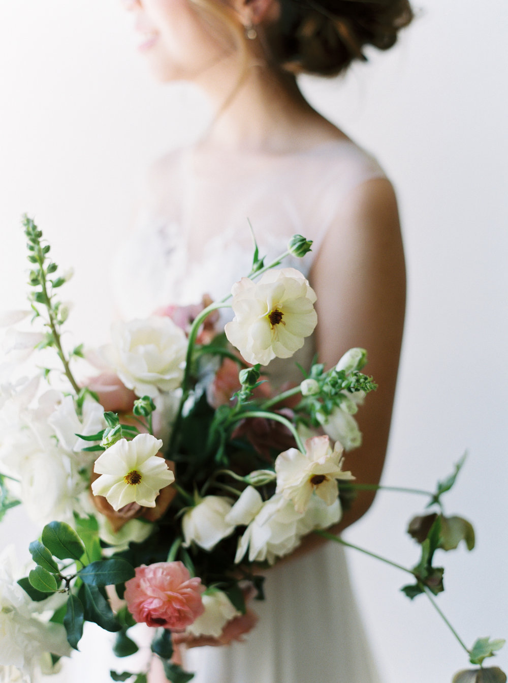 How I Planned My Wedding: Floral Design  Natalie Choi Events. Lambert Floral Studio. Meiwen Wang.