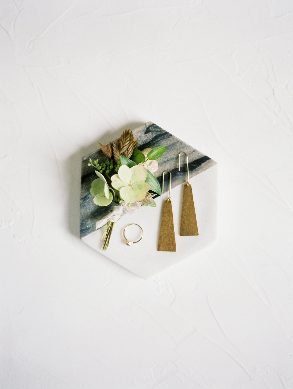 Photography: Jeremy Chou | Creative Direction: Natalie Choi Events | Floral design: Delphinium Floral