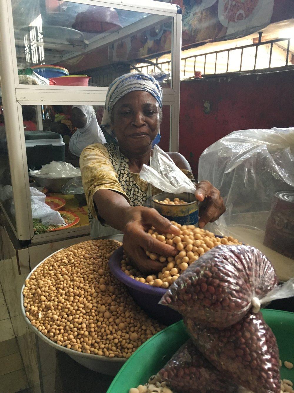 bamara at accra market 2.JPG