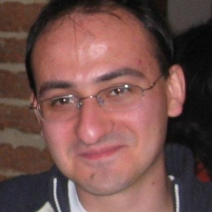 Davide Quaglia - Technology/VisionPh.D. Comp. Eng. and Asst. Professor of C.S. at the University of Verona •Specialties: Design/simulation of networked embedded systems, RF modeling