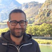 Leonardo Lizzi - Technology/VisionAssociate Prof. at the Univ. Nice Sophia Antipolis, CNRS-LEAT Laboratory •Specialties: Antenna design and testing, IoT, wearable devices, electromagnetics
