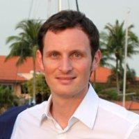 Fabien Ferrero Technology/Vision - Associate Prof. at the Univ. Nice Sophia Antipolis, CNRS-LEAT Laboratory •Specialties: Antenna design and testing, electronics, telecommunications, IoT