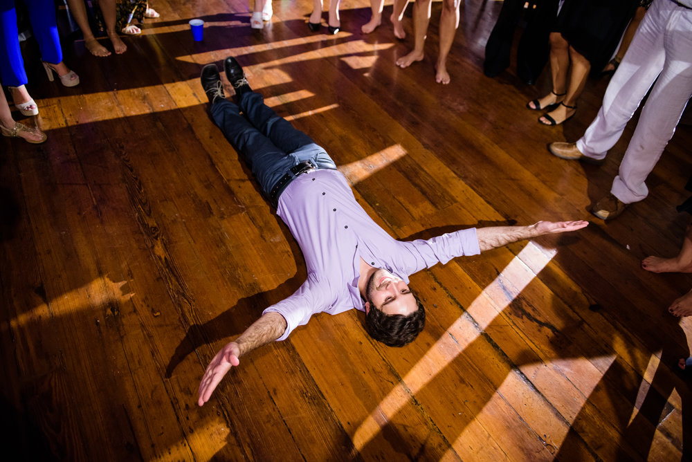 Wedding guest leaving it all on the floor