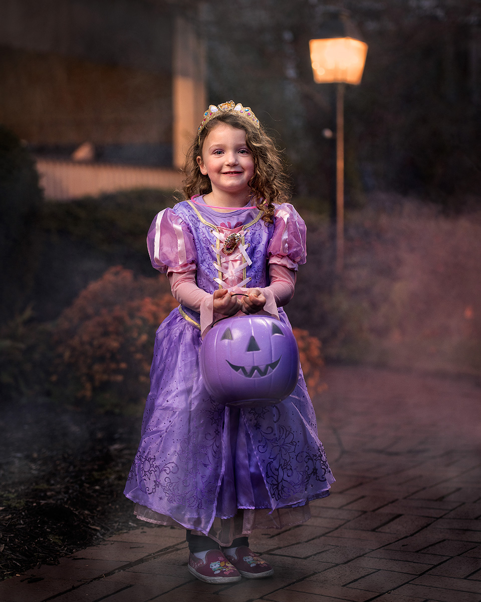 161031_Halloween_TrickOrTreat_031.jpg