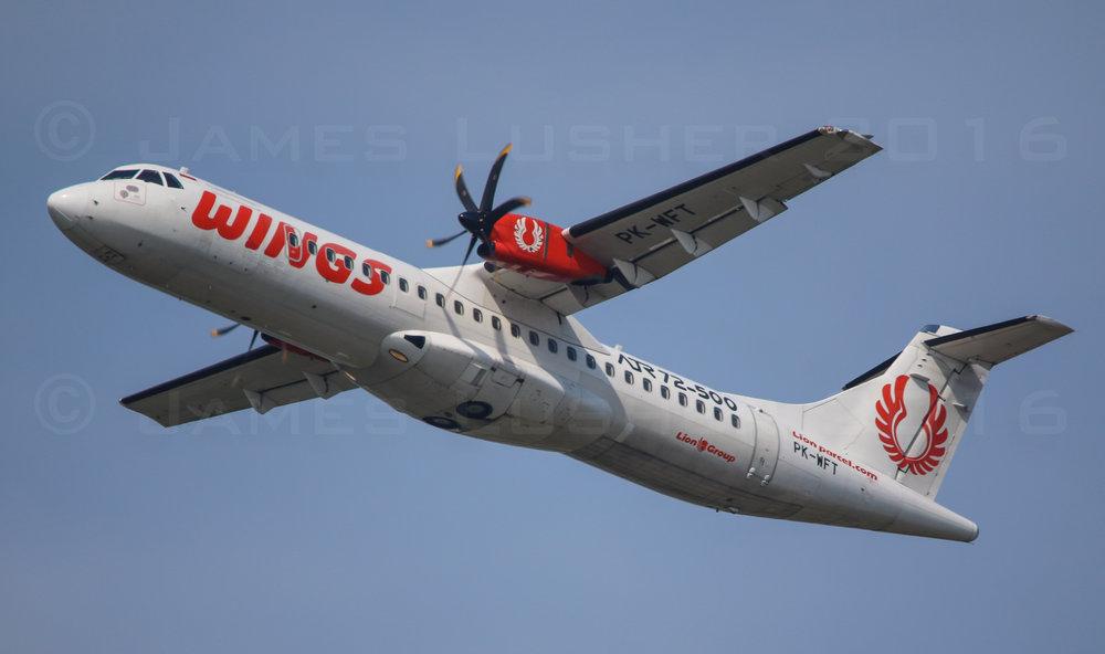 Wings ATR72-500 (1 of 1).jpg