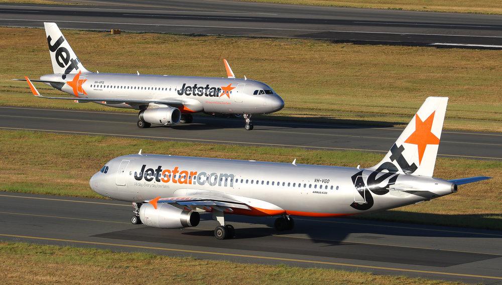 Double JQ A320