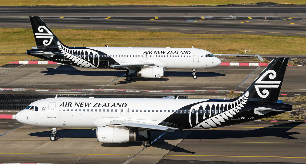 Double Air NZ A320's!