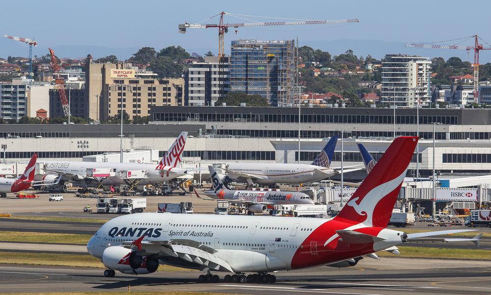 05NOV_QF_VH-OQI_A380 2 (1 of 1).jpg