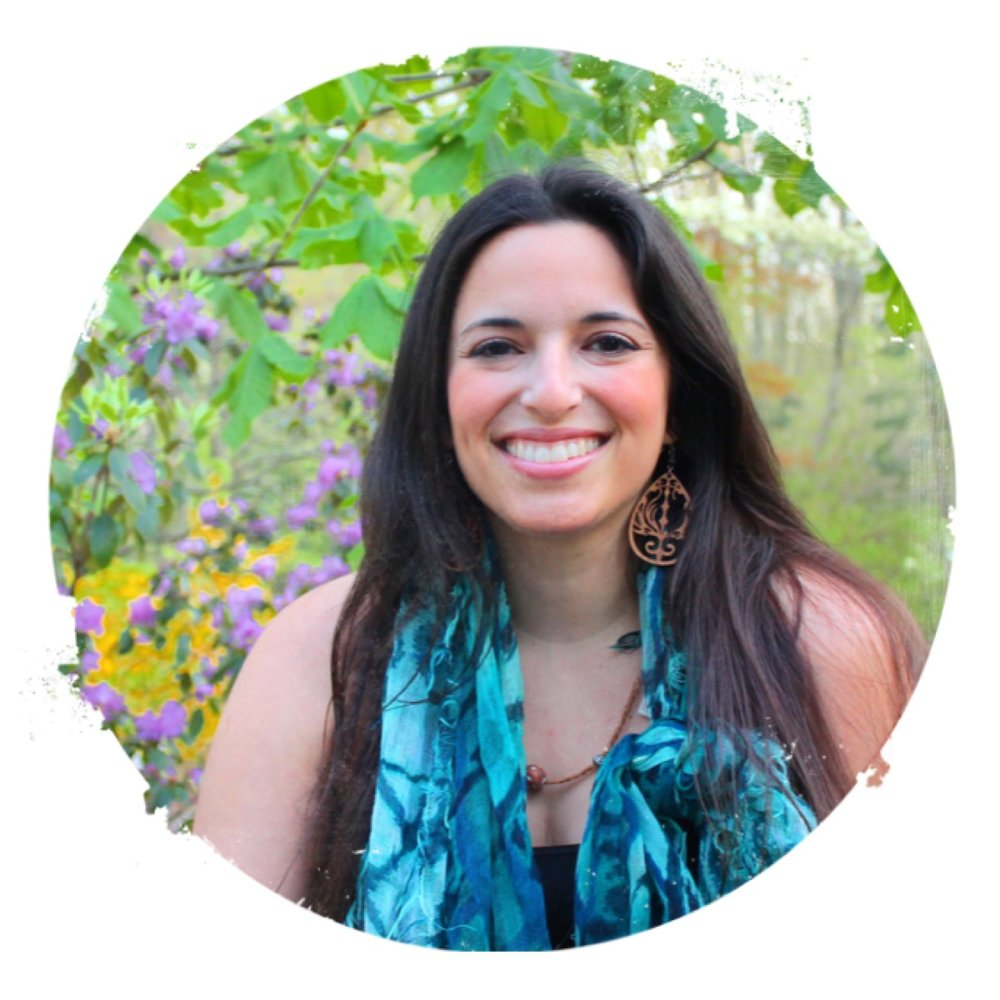 Meet Jen - Expert Trainer, Master Therapist and ECourse Creator for Creatives and Healers