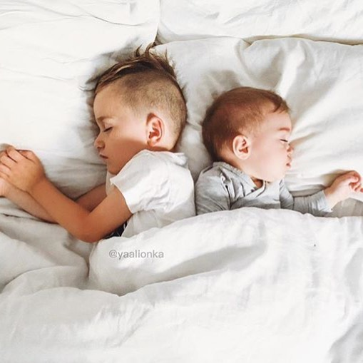 Who else feels like sleeping in on a Friday? It's been a big week here @sleepplaygrow - Just one little lonely ticket available for this Sunday's Toddler Workshop, will it be yours? #toddler #workshop #toddlerworkshop #sunshinecoast #qld #toddlertactics #positivebehaviourbuilders
