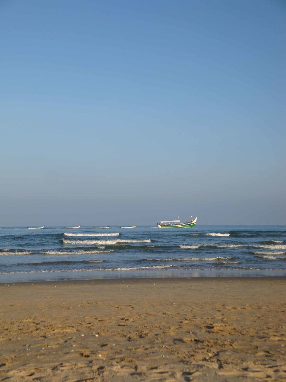 pondy-beach.jpg