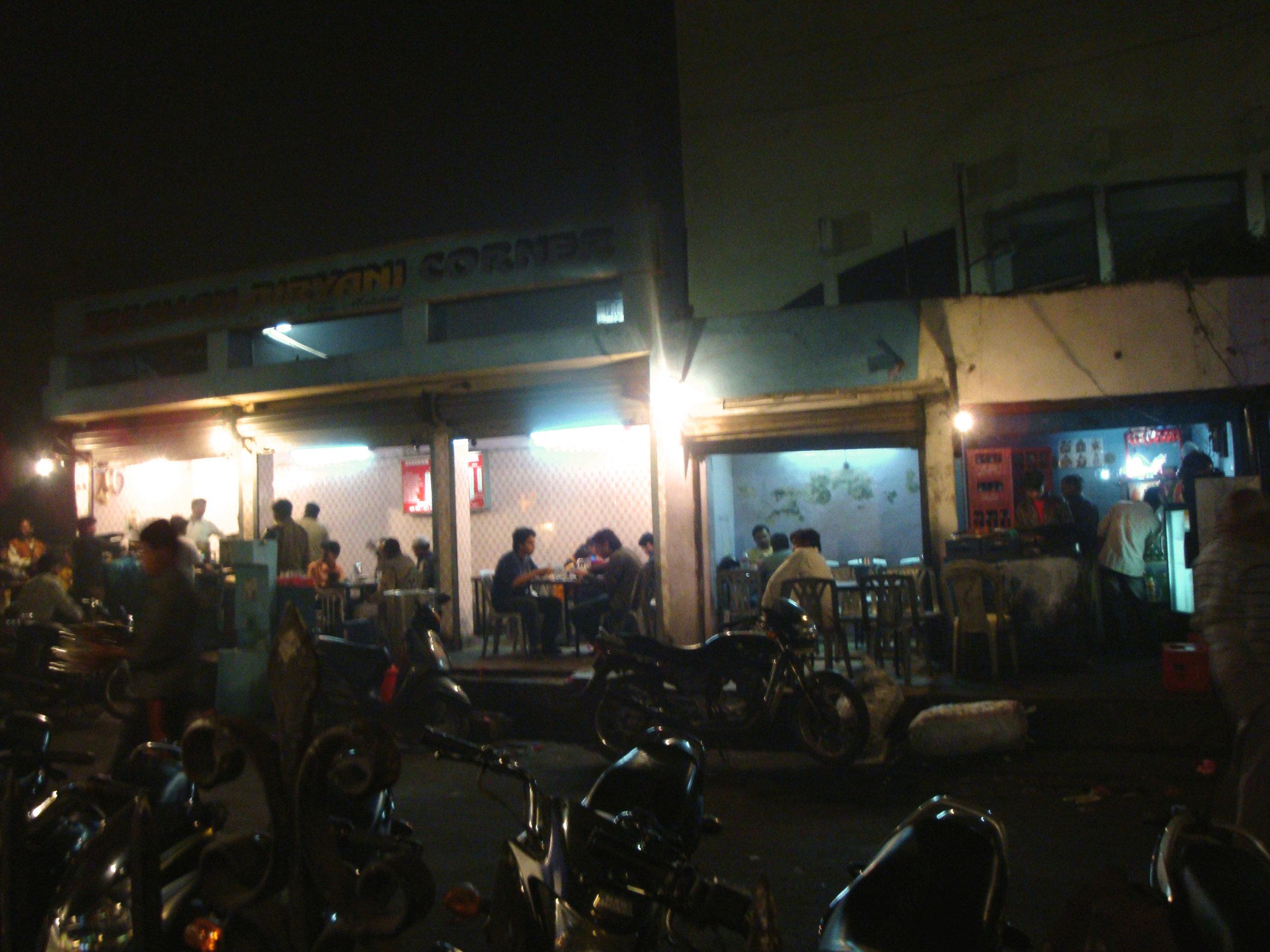 dastarkhwan street lucknow food