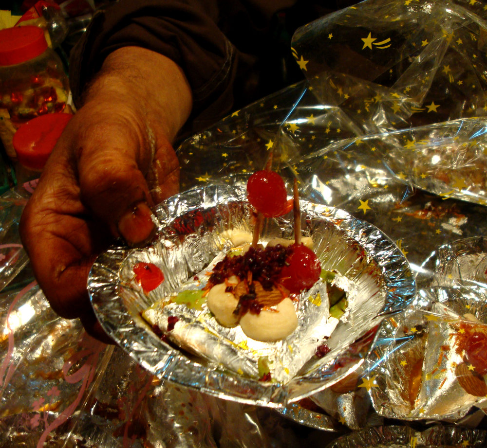 paan-presented-detail-luckn.jpg