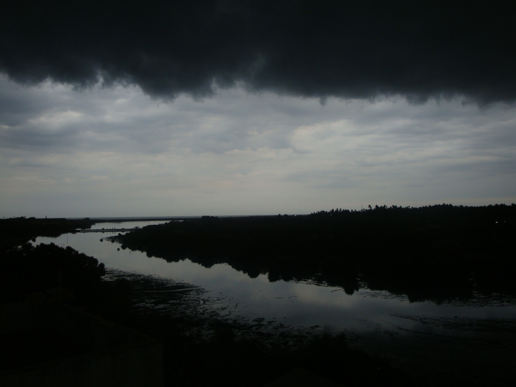 monsoons arrive in Pondicherry
