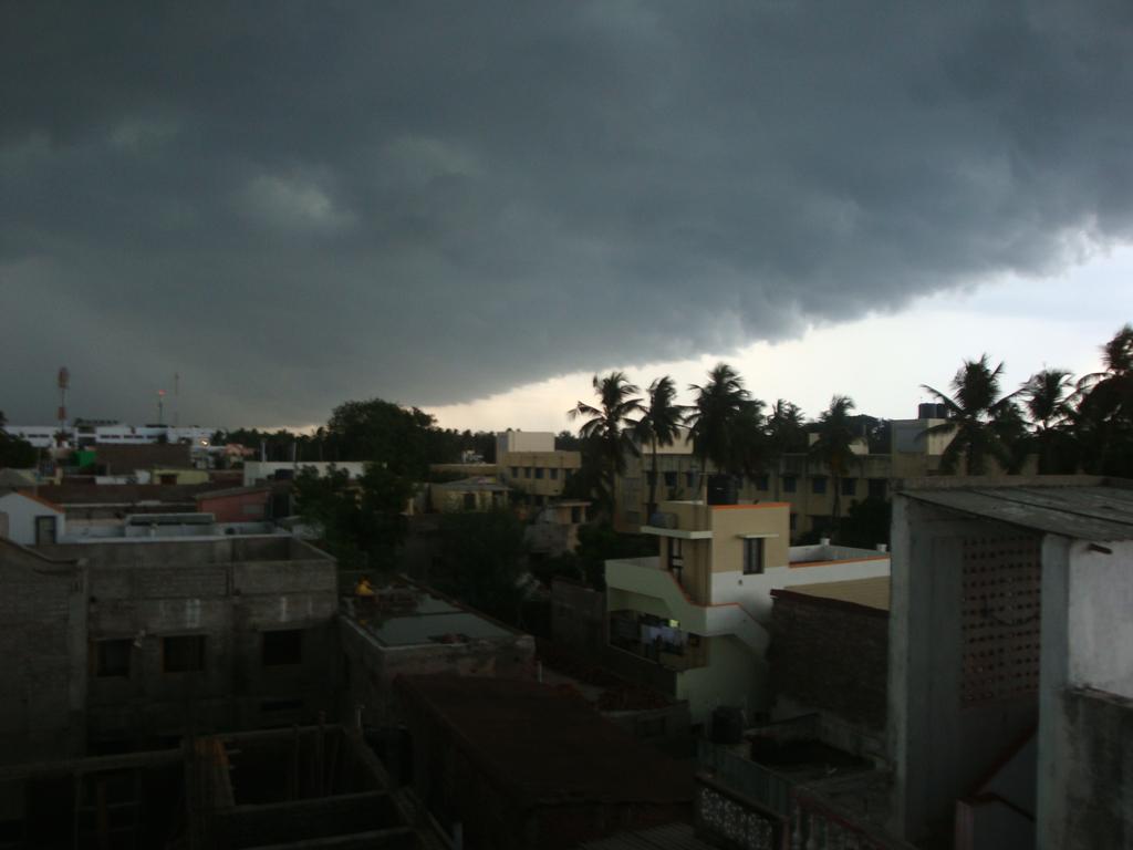 monsoons arrive2