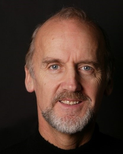 Peter Knapp (2).jpg