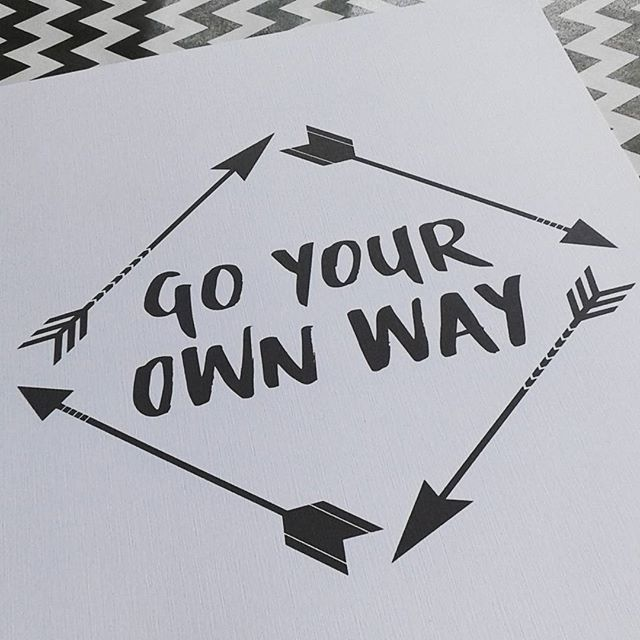 Go Your Own Way! Just printed and ready to send. A4 $17 / A3 $27. #prints #originaldesign #arrows #songlyric #brushlettering #graphicdesign #decorprint #kidsdecor #kidsroom