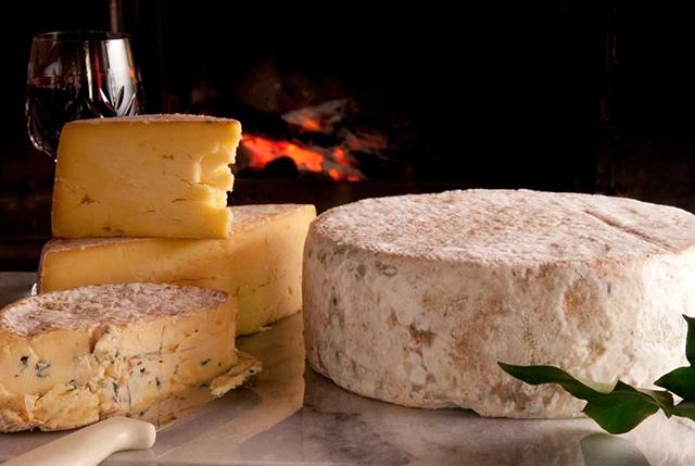 fireside-cheese