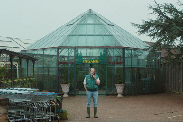 Botanica - Noël LoozenNetherlands – 2017 – 13 min.A garden-center employee fears his possible infertility and realizes that sometimes you have to swallow your pride to let love overcome.