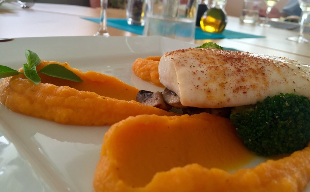 Seared Mahi-Mahi, Butternut Squash Purée and Grilled Broccoli