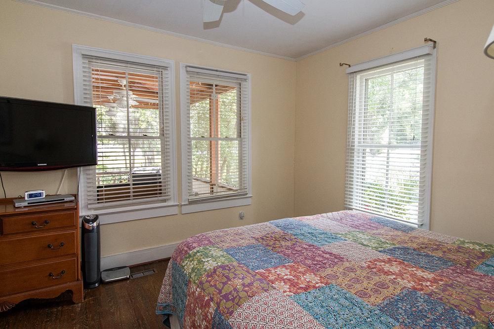 Master bedroom LR.jpg