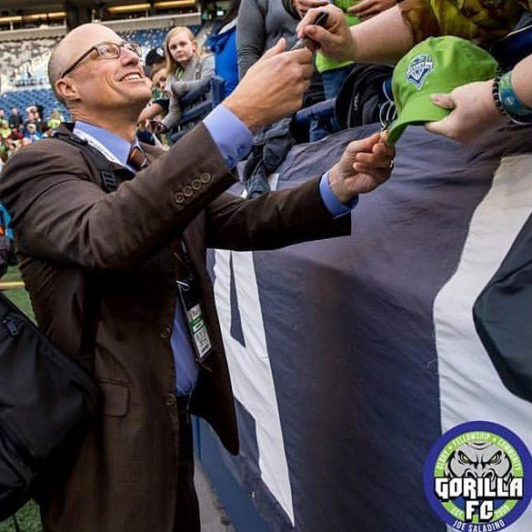 It's Kasey Keller's birthday today! If you're downtown between 2:15 and 4:15 @ 517 Union St (Sprint) head out and sing Happy Birthday to him. He's done tons for our club, give him some love!