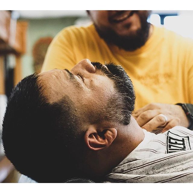 book yourself a partial shave today ⚓️ #eastendbarber #houstonbarber  #houstonbarbershop  #eastendbarber #everybodyhappy  #houstonbarberstylist #texasbarber #houston #mensgrooming #houstondynamo #houstonastros #houstonrockets #houstontexans #fartsniffers #wearetipped