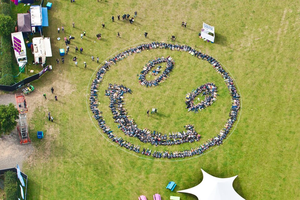 Fatboy slim's human smiley - Fatboy and your friends at BangOn! will be working side by side to construct a giant smiley face made out of the people of Warehouse of Horrors!Would it be fair to expect anything less than outrageous for Fatboy's first time back in New York in over two years? Let's show him how happy we are to have him back!What do you need to do to be part of the fun?Get to the party early (11:30 PM) and get excited to be part of the first ever stateside human smiley. Extra points if you find a way to stand out in the smile!