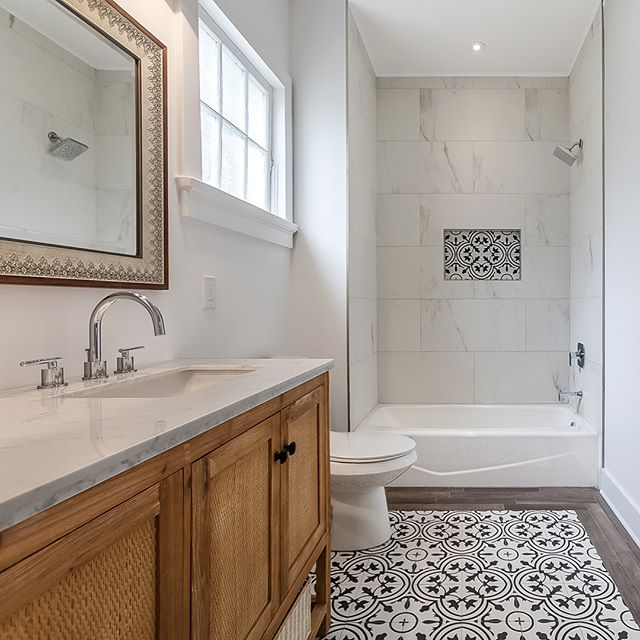 Completed #renovation on this #masterbath , designed by our in-house #interiordecorator - Love how the #carpetinlay #tile turned out in this #bathroom  #mzreno #mzrenovations #mzinteriors #bathroomdesign #zenroom #followyournola