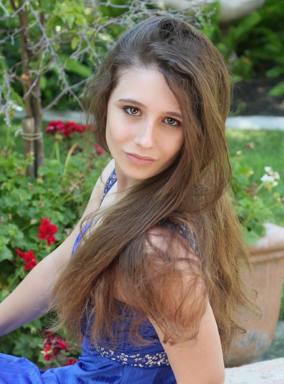 Sheva Solene Picture 3.jpg