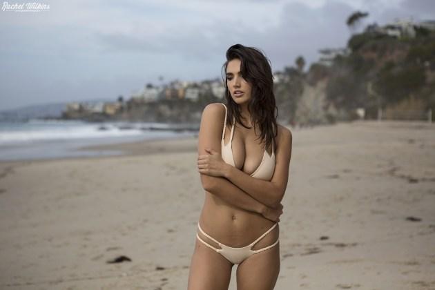 beachbabe_0007.jpg