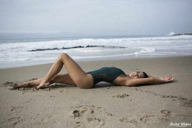 beachbabe_0018.jpg