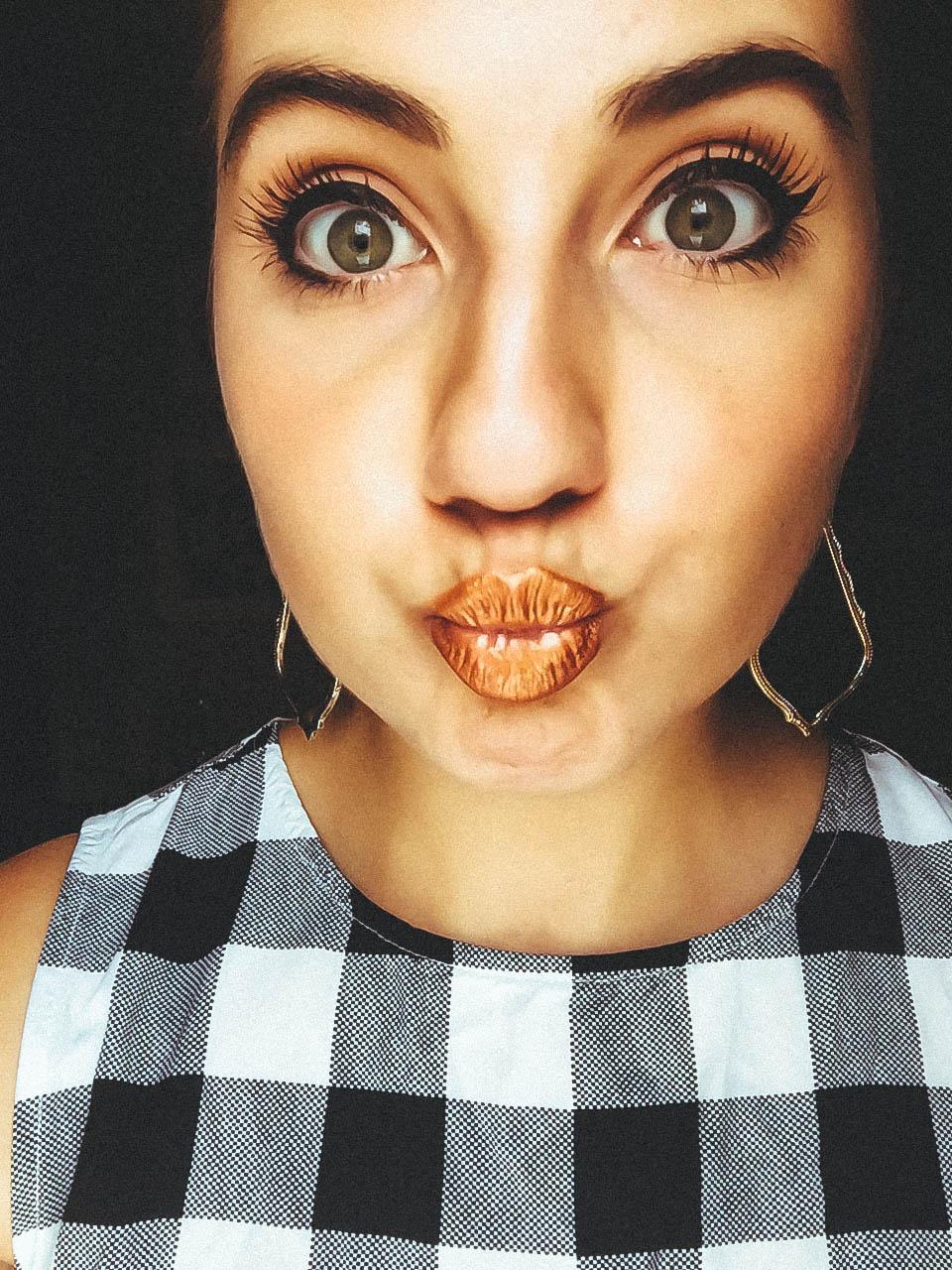 """Wearing Kylie Cosmetics Metal Matte lipstick in """"Lord""""  I am an alien"""
