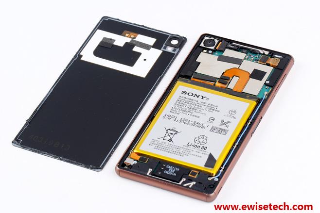 Sony-Xperia-Z3-teardown2.jpg