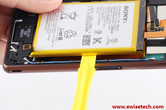 Sony-Xperia-Z3-teardown4.jpg