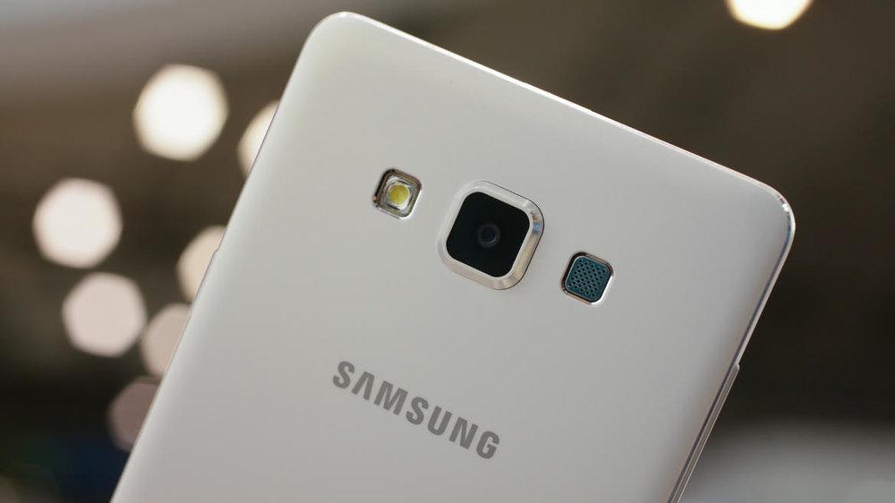 Galaxy-A8.jpg