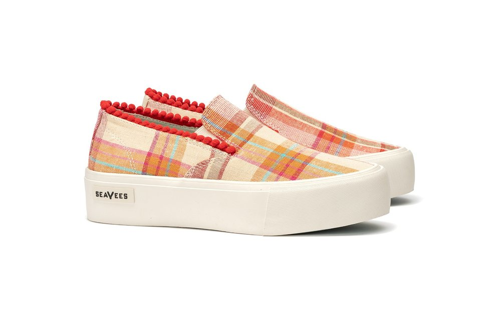 womens_baja_platform_natural_paradise_plaid_qtr.jpg