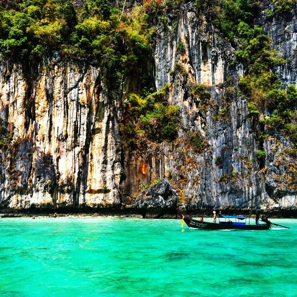 4 Countries Built for Solo Travel -