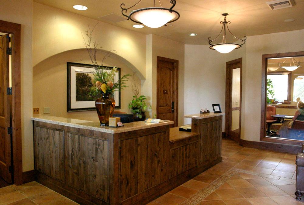 Catta-Verdera-Clubhouse-lobby.jpg