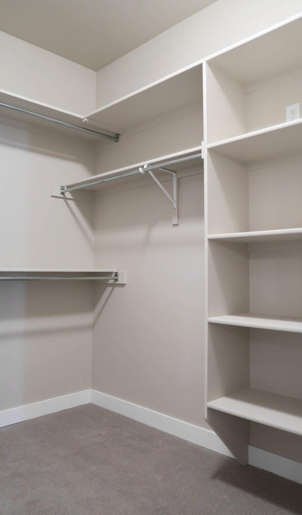 Primrose master closet.jpg