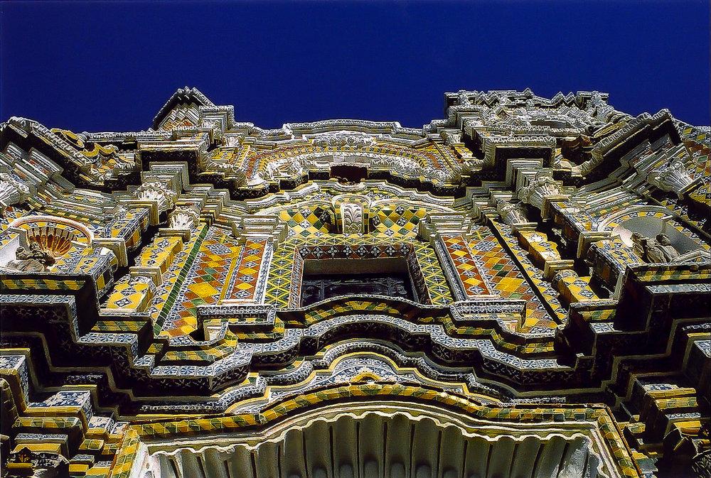 Church of San Francisco Acatepec, Facade