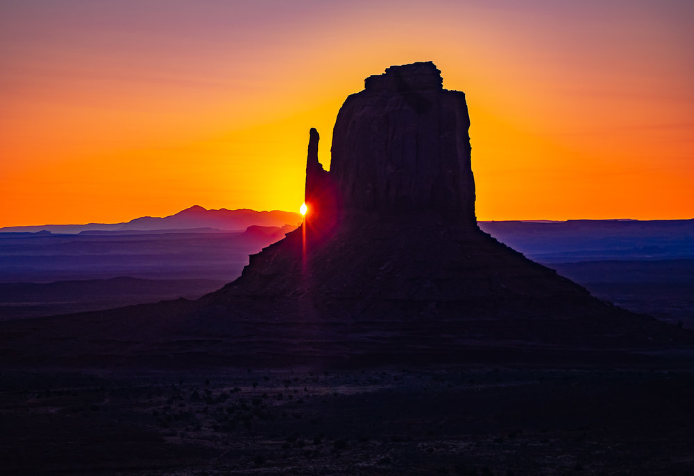 The Mittens at Sunrise , Monument Valley, Arizona
