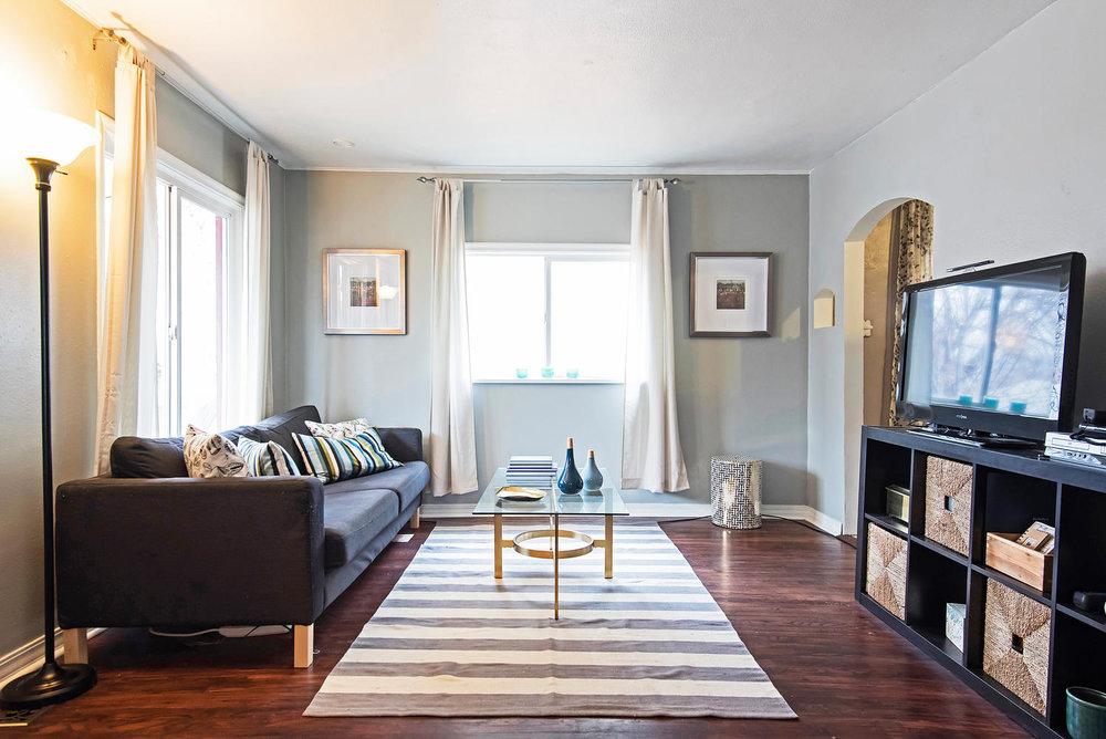 314 roosevelt living room.jpg