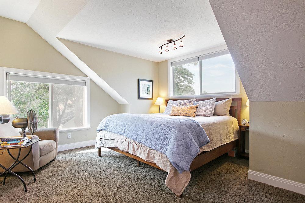 princeton bedroom1.jpg