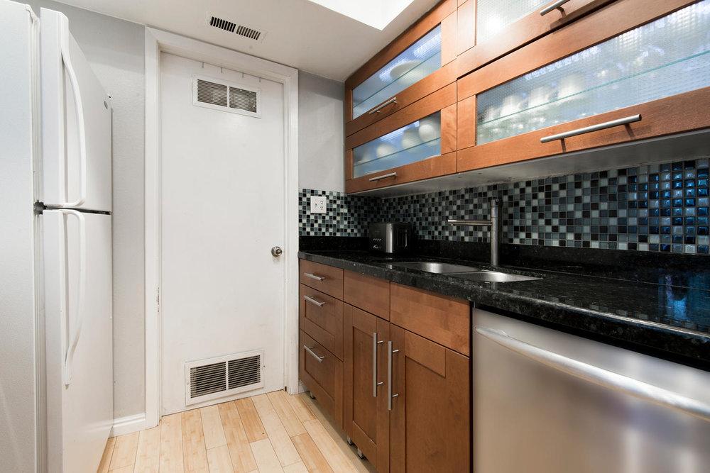 5397 kitchen.jpg