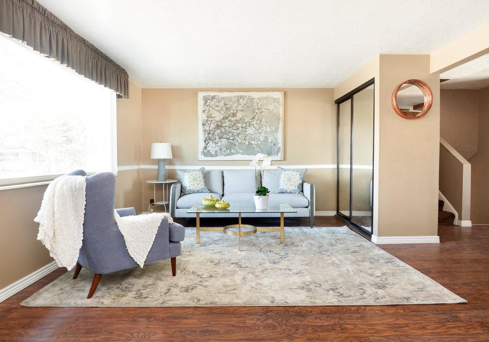 4275 Chegwidden living room.jpg