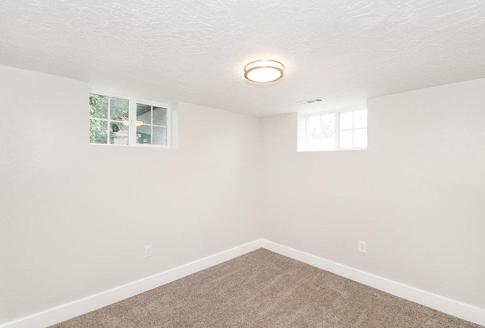 1342 Atkin basement bedroom.jpg
