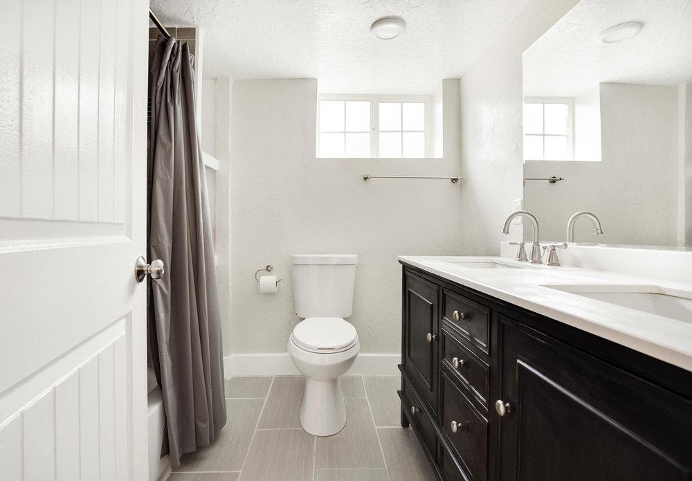 1342 Atkin basement bathroom.jpg