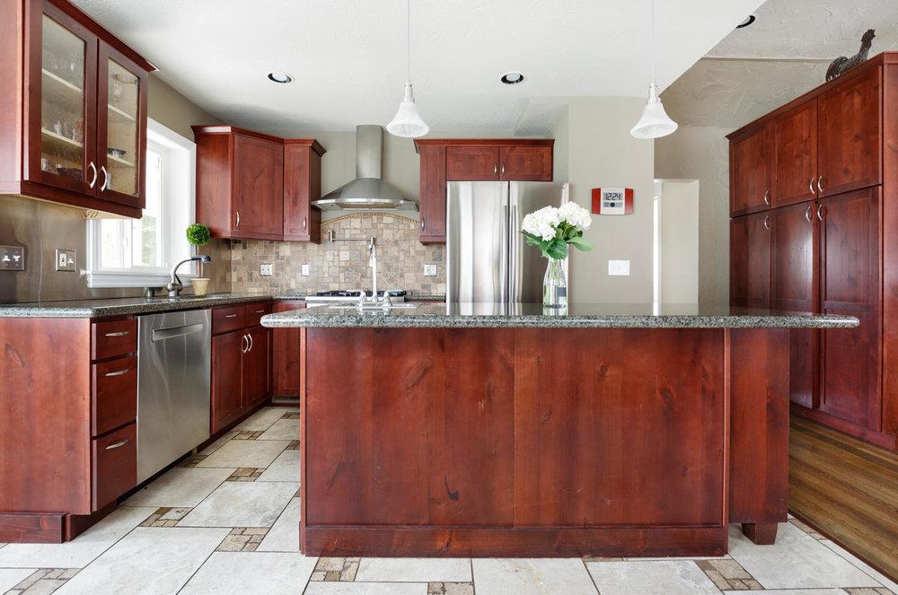 1652 yale kitchen1.jpg